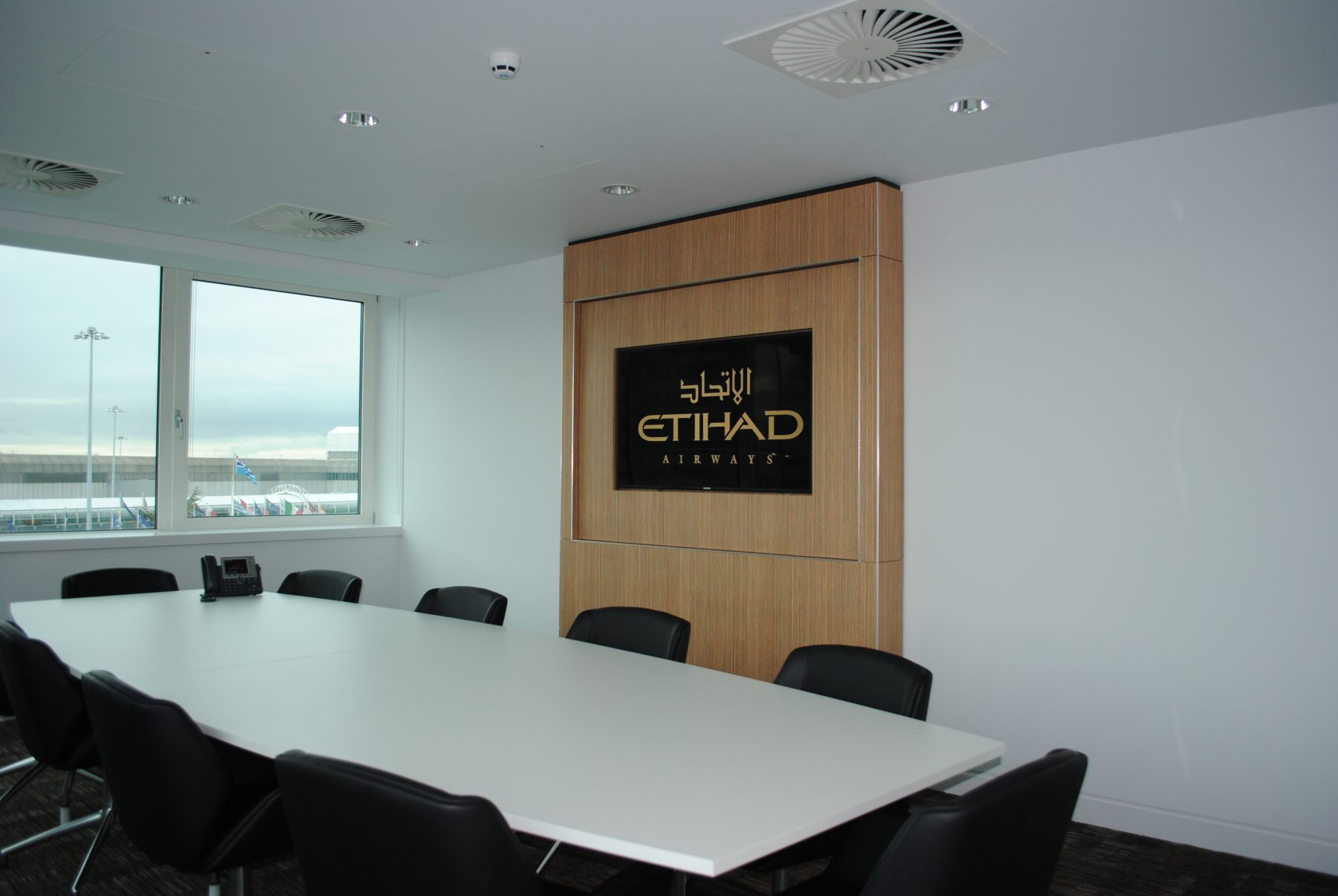 etihad case study Case study: etihad lands largest sukuk debut in mena  uae-based airline  etihad airways tapped the islamic finance market with the.